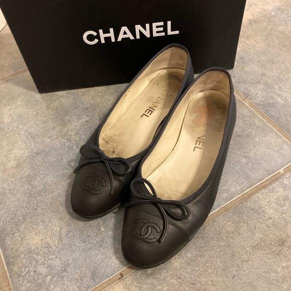 Chanel 36 flats